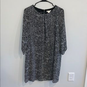 Black and white patterned shift dress
